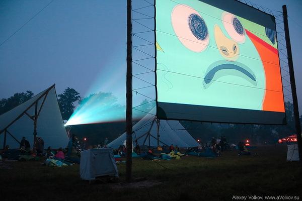 Фестиваль «Бессонница». Фотография https://pikabu.ru/story/festival_animatsionnogo_kino_bessonnitsa2017_5159234.