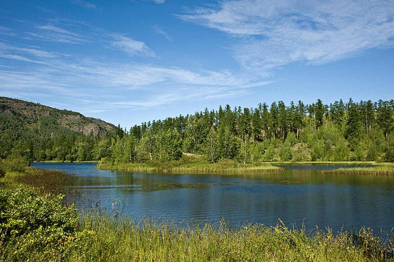 Озеро Икар расположено в 8 км от п. Эссо. Природный парк «Быстринский», Россия. Фотография http://isirob.livejournal.com/236773.html.