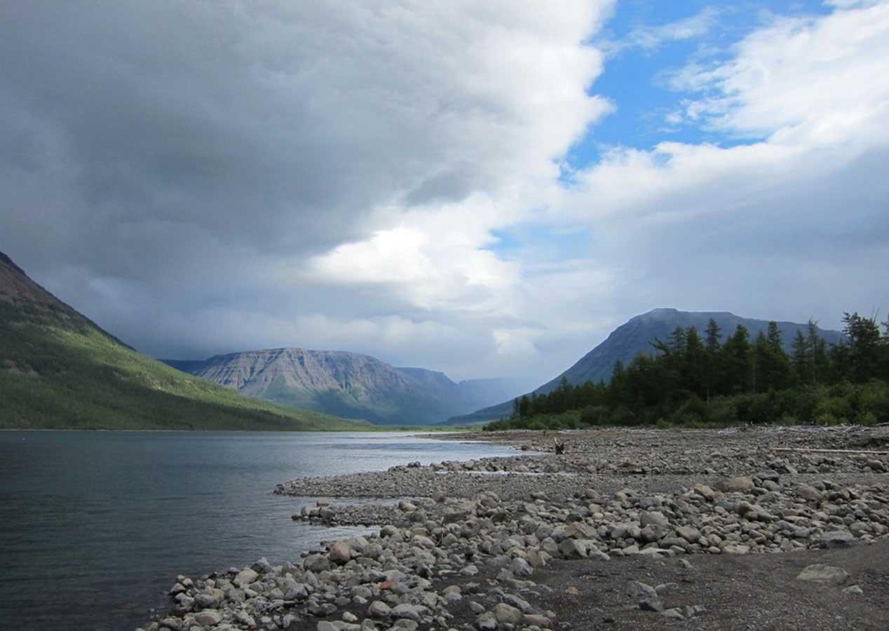 Озеро Лама и плато Путорана. Фотография https://www.putorana.land/tour2.