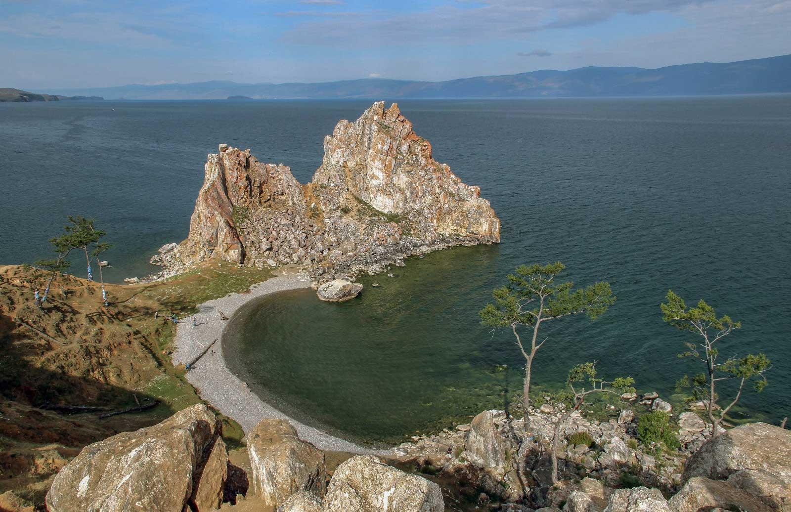 Скала Шаманка, остров Ольхон. Прибайкальский национальный парк, Россия. Фотография Е. Чумак.