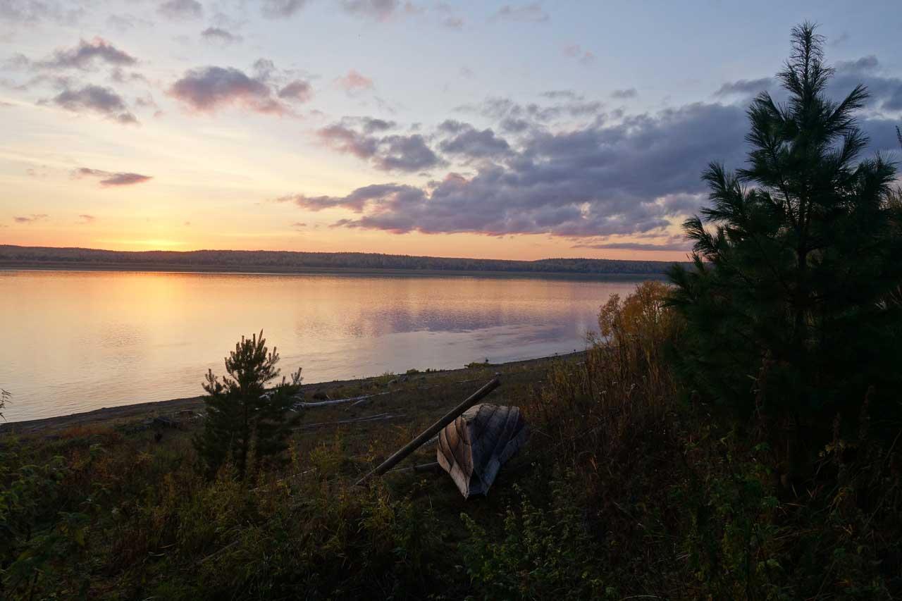 Енисейская экологическая станция расположена на берегу Енисея - одной из величайших рек Евразии. Центральносибирский биосферный заповедник, Россия.